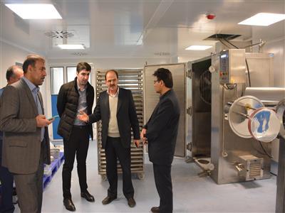 دستگاه تصفیه و تولید آب خالص و لوله کشی استیل توزیع آب به روش اربیتال ولدینگ داروسازی حنان